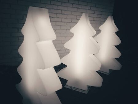 modern: Christmas tree street lights