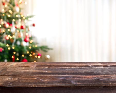 mesa de Navidad con espacio vacío para un producto
