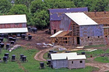 amish: Minnesota Amish Barn Raising Stock Photo