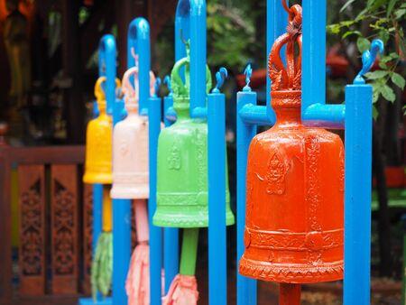 color in: Color de Bell en el templo de Tailandia Foto de archivo