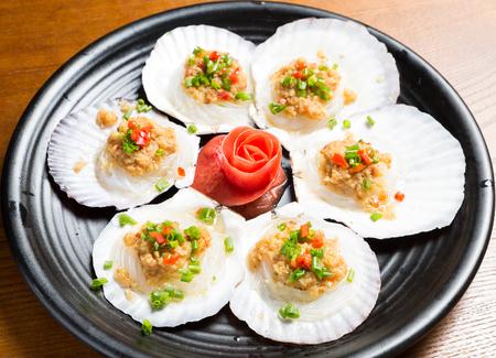scallops: Garlic steamed scallops