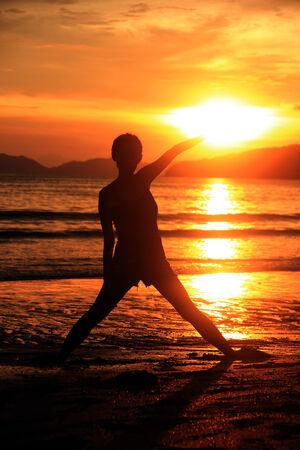 siluet: Catching the sun at Krabi beach