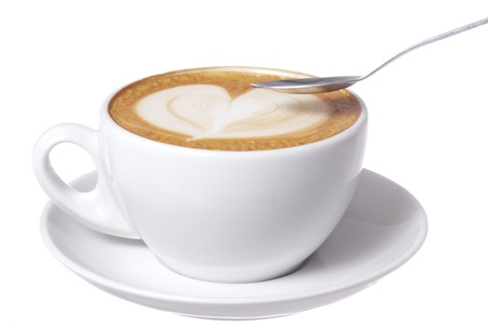 capuchino: Studio foto taza de caf� con leche con la escucha de dise�o. Foto de archivo