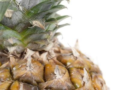 Cropped ananas sur fond blanc.