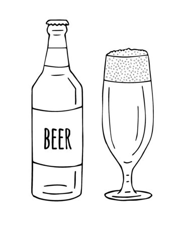 Vector hand drawn doodle sketch beer glass and bottle isolated on white background Иллюстрация