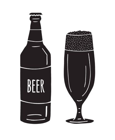 Vector black hand drawn doodle sketch beer glass and bottle isolated on white background Иллюстрация