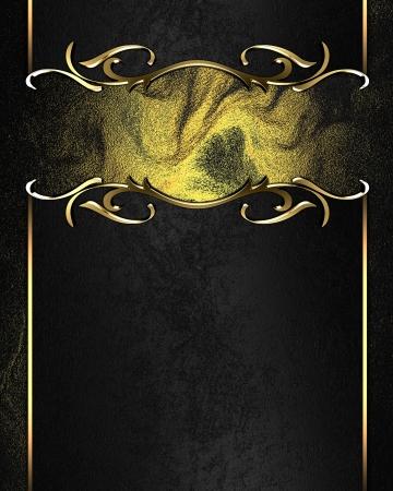 Plantilla para la escritura. Placa de negro con bordes adornados de oro, sobre fondo oscuro photo
