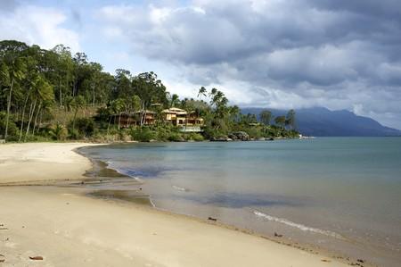 Playa Para�so en Ilhabela, Estado de S�o Paulo, Brasil.  Foto de archivo - 7793650