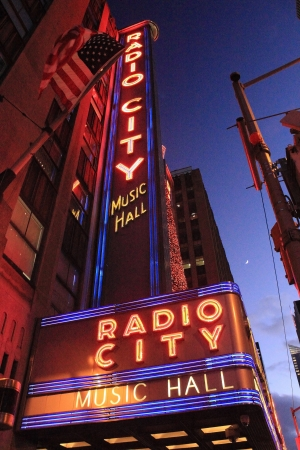 Radio City Music Hall Marquee Redactioneel
