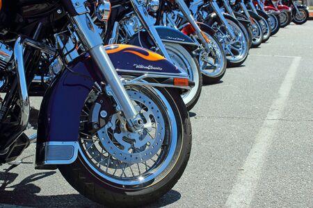 14th: Una l�nea de motocicletas Harley Davidson en Myrtle Beach Bike Week 2013, el 14 de mayo de 2013