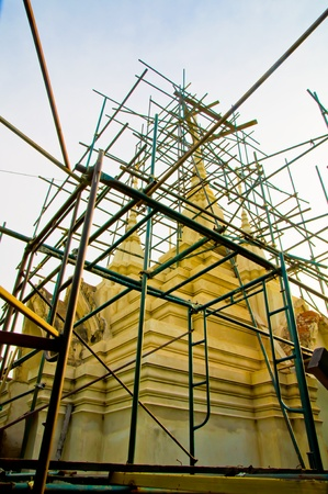restoring: Thai temple, restoring