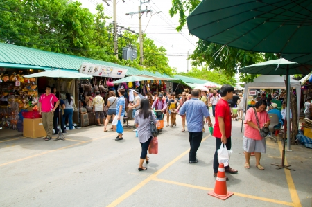 Tourist shopping in Chatuchak weekend marke in Bangkok, Thailand