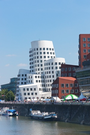 Moderne Gebäude in Media Port (Medienhafen) in Düsseldorf