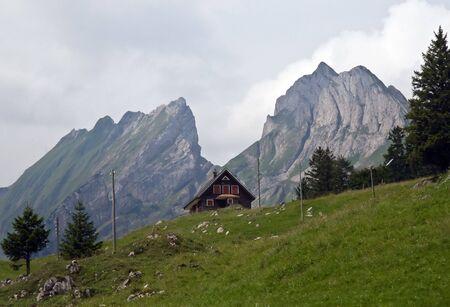 st  gallen: Granja alpina (St. Gallen, Suiza) Foto de archivo