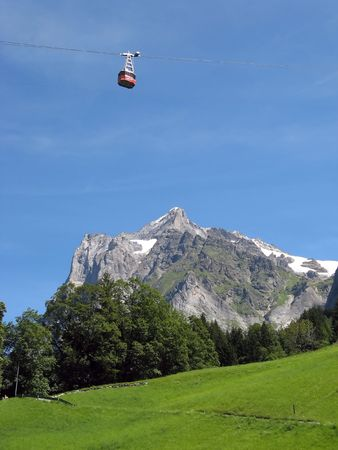 Cable car in Grindelwald (Bern, Switzerland) photo