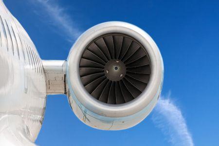turbina: Potente motor de los aviones modernos  Foto de archivo