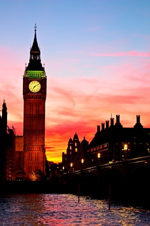 houses of parliament   london: Famous Big Ben clock tower in London, UK. Stock Photo