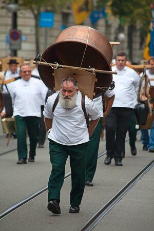 glarus: ZURICH - AUGUST 1: Swiss National Day parade on August 1, 2009 in Zurich, Switzerland. Representative of canton Glarus in a historical costume.
