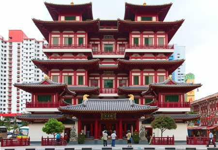 Buddha Tooth Relic Temple in China Town Singapore Редакционное