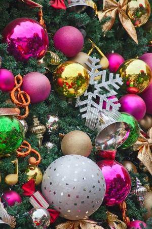크리스마스 트리 장식의 조각 스톡 콘텐츠