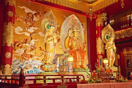 Interior of the Buddha Tooth Relic Temple & Museum in Singapore Stock Photo - 16042749