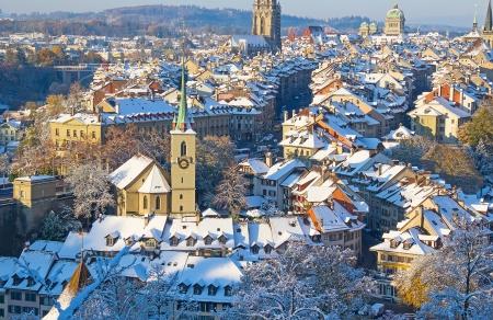 La ville de Berne recouvert de neige fraîche