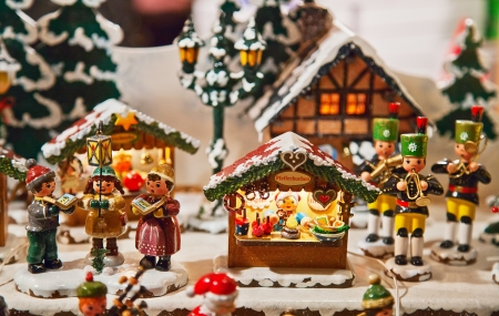 miniatures: Toy Christmas village with figurines and houses