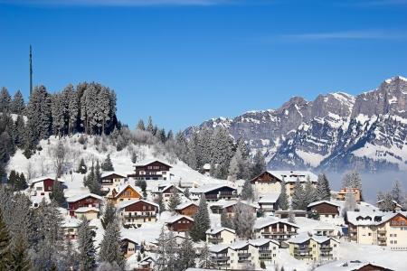 스키 리조트 Flumserberg에 경사. 스위스 스톡 콘텐츠