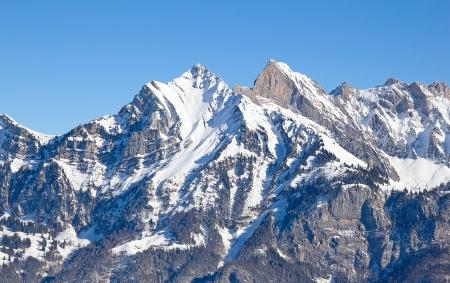 swiss alps: Zima w Alpach szwajcarskich (Flumserberg, St Gallen, Szwajcaria) Zdjęcie Seryjne