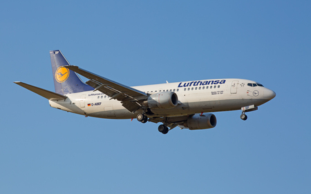 haul: ZURICH - JULY 18: Boeing-737 Lufthansa landing in Zurich after short haul flight on July 18, 2015 in Zurich, Switzerland. Zurich airport is home for Swiss Air and one of biggest european hubs. Editorial