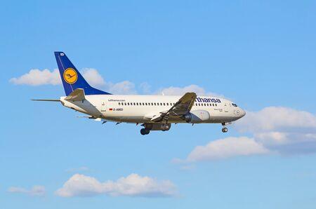 hubs: ZURICH - JULY 18: Boeing-737 Lufthansa landing in Zurich after short haul flight on July 18, 2015 in Zurich, Switzerland. Zurich airport is home for Swiss Air and one of biggest european hubs. Editorial