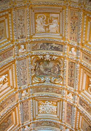 doge: Interior of the Doge palace in Venice, Italy