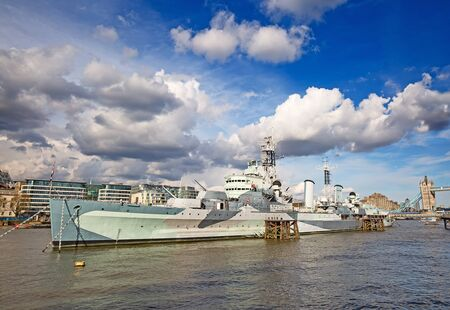 hms: London, HMS Belfast on the pier