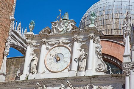 doge: Facade of the Doge palace in Venice, Italy