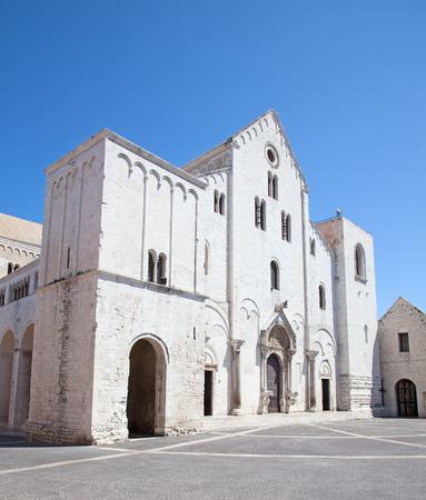 bari: Famous Saint Nicholas church in Bari, Italy