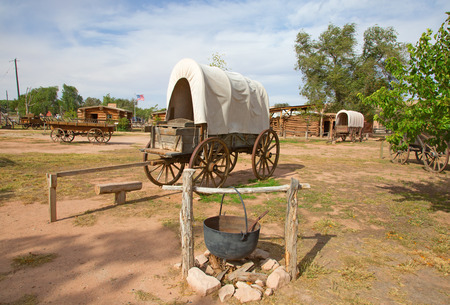 Historial outpost of the Wild West Pioneers on the border between Arizona and Utah Stok Fotoğraf - 82721062