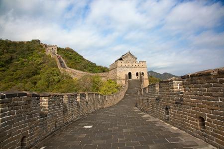 중국의 유명한 만리 장성, 무 타이 누 (Mutianyu) 지역, 베이징 인근에 위치