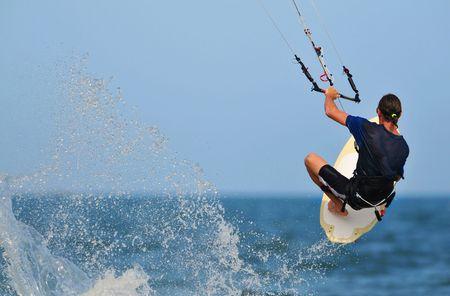 Kite surfer action shot in phan thiet/vietnam 写真素材
