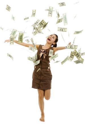 rijke vrouw: mooie vrouw throwing 100 dollar biljetten, geïsoleerd op witte achtergrond  Stockfoto