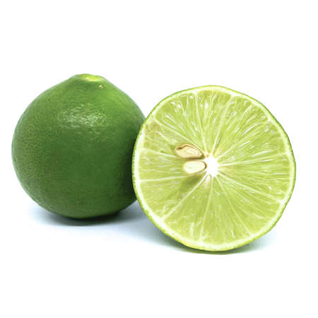 fresh lime isolated on white background Banque d'images