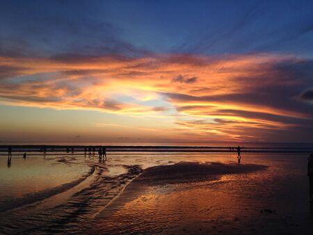 kuta: Sunset kuta beach, bali, indonesia