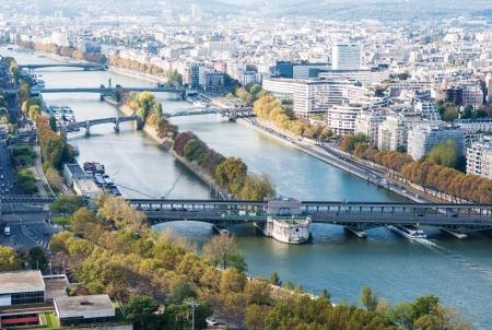 アイフェル タワーからのパリの眺め.セーヌ川。秋。 写真素材