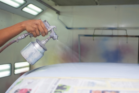 paint gun: car painting with prime colour