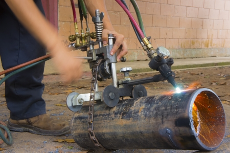 pipe cutter with oxy fuel cutting