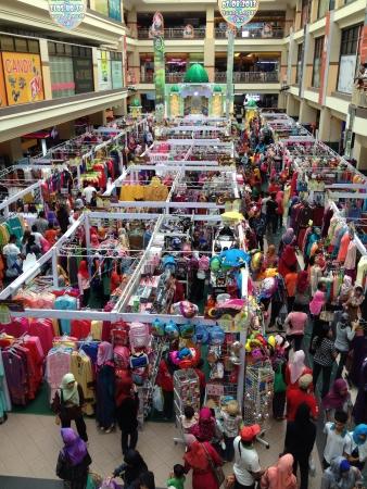 clothing: Indoor Ramadhan sale