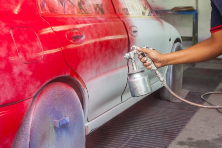 La peinture de la voiture dans le garage classique Banque d'images - 23871798