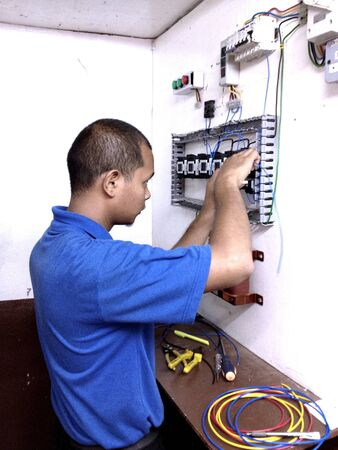 wire: Electrical starter wiring