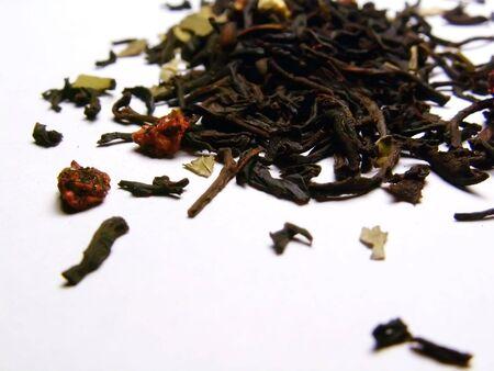 Black tea with dry strawberries