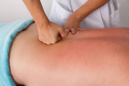 tuina: massage with fists