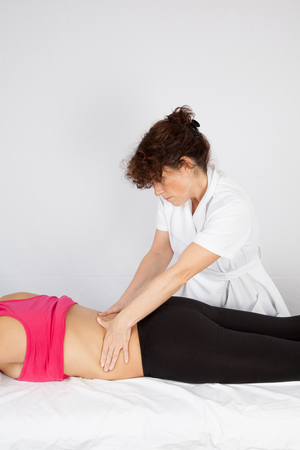 manipulate: A woman getting a massage